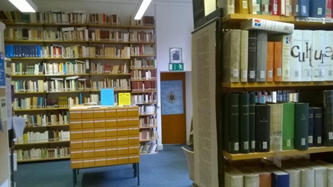 stadtbibliothek aachen öffnungszeiten